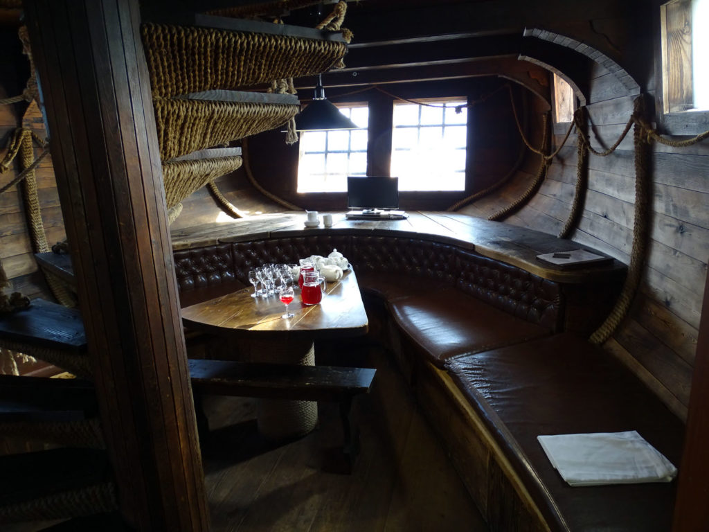 After a session of hot and cold torture, you can sit and drink tea at the bow of the ship.